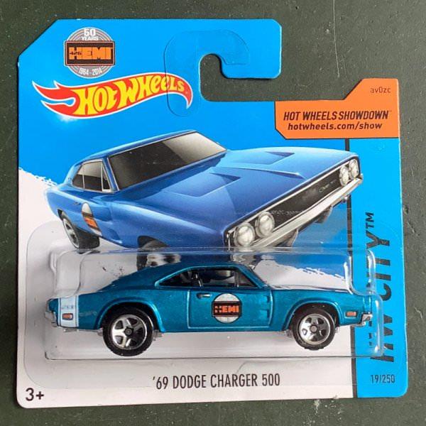 Hot Wheels | '69 Dodge Charger 500 light blue metallc HEMI