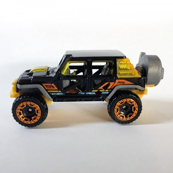 Hot Wheels | '17 Jeep Wrangler from Hot Trucks 5-Pack black, loose