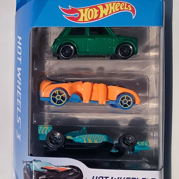 Hot Wheels | 3-Pack Morris Mini grünmetallic, Speed Spider orange & Indy 500 Oval türkis
