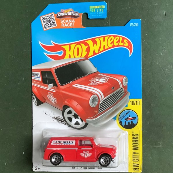 Hot Wheels | Austin Mini Van Campbells Garage rot US