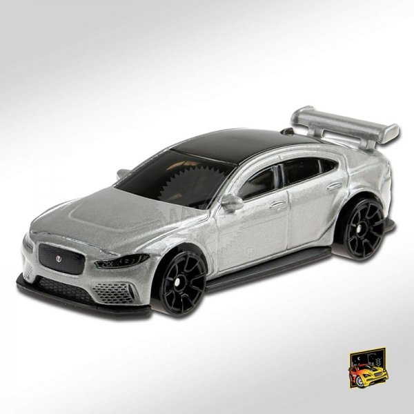 Hot Wheels | Jaguar XE SV Project 8 silber