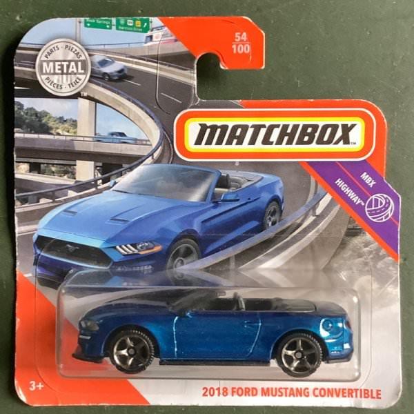 Matchbox   2018 Ford Mustang Convertible blue metallic