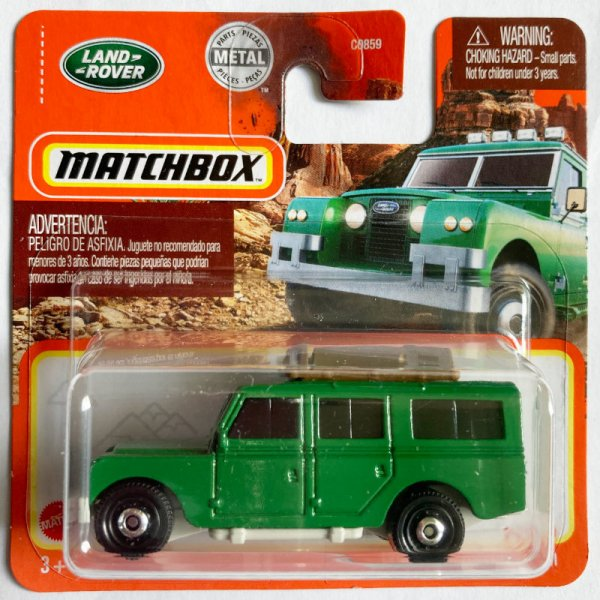 Matchbox   '65 Land Rover Gen II green luggage with chainsaw