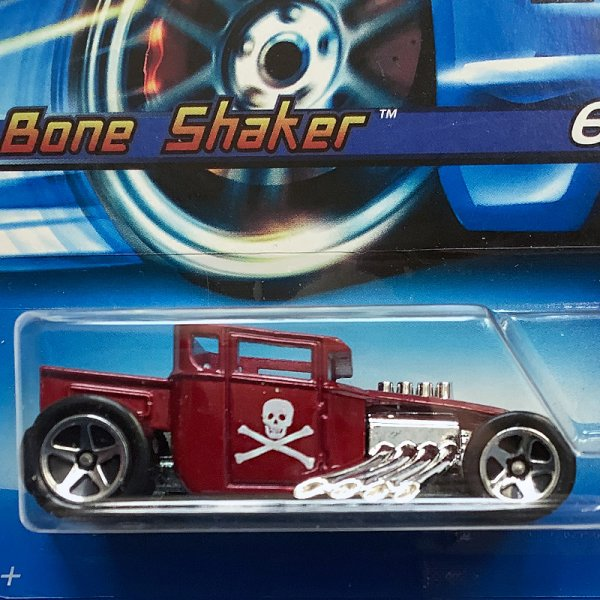 Hot Wheels | Bone Shaker dunkelrot mit Totenkopf First Editions