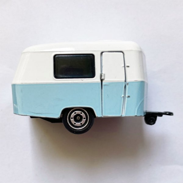 Majorette   Eriba Puck caravan light blue