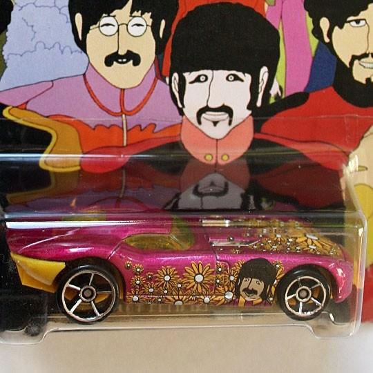 Hot Wheels | Beatles Fast Felion