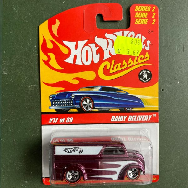 Hot Wheels | Classics Serie 2 17 of 30 Dairy Delivery violet metallic