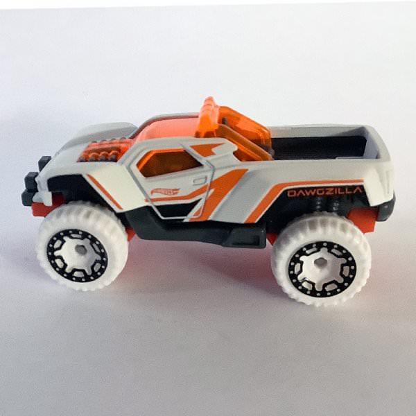 Hot Wheels | Dawgzilla aus Hot Trucks 5-Pack mattweiß / orange ohne Verpackung